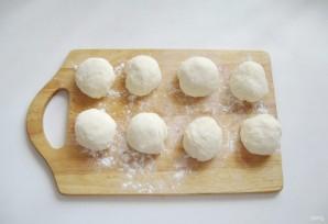 Жареные пирожки со сливовым джемом - фото шаг 6