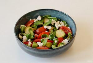 Салат с брюссельской капустой и помидорами - фото шаг 6