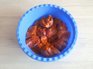 Шашлык из свинины в цитрусовом маринаде - фото шаг 6