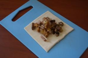 Пирожки с мясом и грибами - фото шаг 4