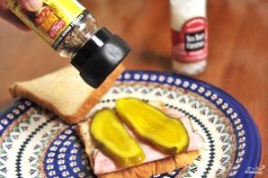 Бутерброд с солеными огурцами - фото шаг 3