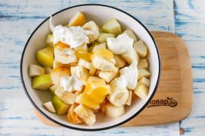 Фруктовый салат с йогуртом для детей - фото шаг 4