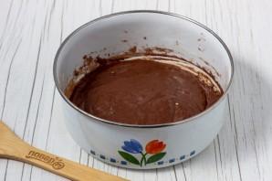 Шоколадный бисквитный рулет - фото шаг 9