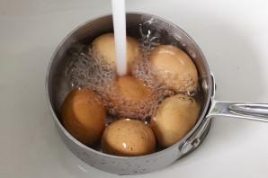 Яйца фаршированные спаржей - фото шаг 1