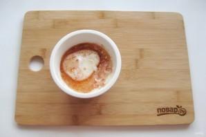 Яичница по-турецки с йогуртом - фото шаг 7