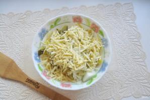 "Салат ""Мышка"" с сыром - фото шаг 6"