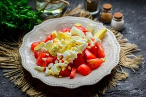 Салат из баклажанов, яиц и помидор - фото шаг 4