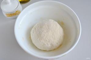 Спиральки из теста с сырно-томатной начинкой - фото шаг 4