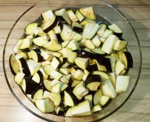 Салат с баклажанами и курицей - фото шаг 1