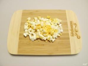 Салат новогодний с крабовыми палочками - фото шаг 3