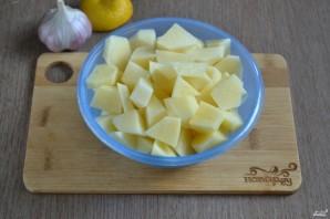 Картошка под чесночным соусом - фото шаг 2