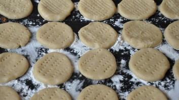 Печенье домашнее на сметане - фото шаг 5