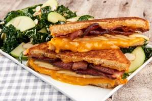 Сэндвич с яблоком и беконом - фото шаг 6