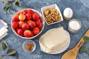Слойки с яблоками и орехами - фото шаг 1