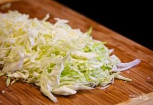 Салат со свежей капустой - фото шаг 1
