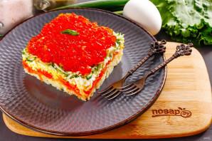 Слоеный салат с красной икрой - фото шаг 6