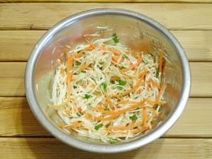 Диетический салат из капусты - фото шаг 5