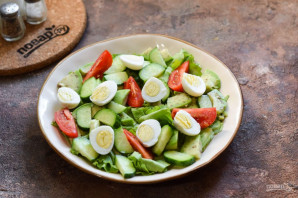 Салат с авокадо и перепелиными яйцами - фото шаг 6