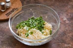 Салат с плавленым сыром - фото шаг 5
