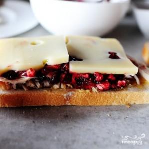 Швейцарский бутерброд с индейкой - фото шаг 5