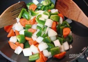 Фрикадельки из курицы в чили соусе с овощами - фото шаг 6