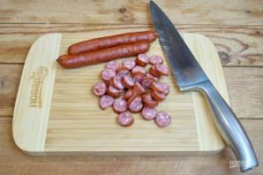 Охотничьи колбаски с картофелем в горшочках - фото шаг 1