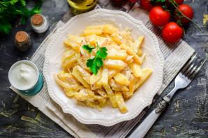 Жареная картошка со сметаной - фото шаг 7