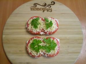 Бутерброды с сыром и помидорами - фото шаг 7