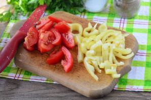 Теплый салат с вешенками - фото шаг 5