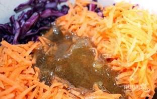 Салат из капусты и моркови - фото шаг 4