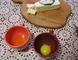 Жареный сыр бри в панировке - фото шаг 3