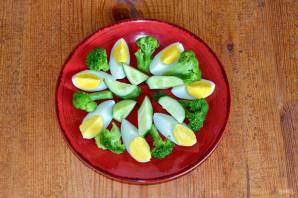 Салат из брокколи и огурцов - фото шаг 5
