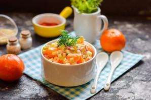 Салат с крабовыми палочками и мандаринами - фото шаг 7