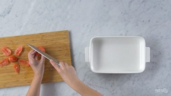 Тартар из Чоризо с сыром и томатами - фото шаг 1