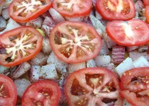 Рыба с картофелем, запеченные под майонезом - фото шаг 3