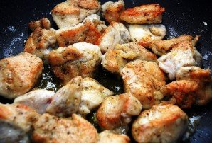 Куриное филе под сливочным соусом - фото шаг 6