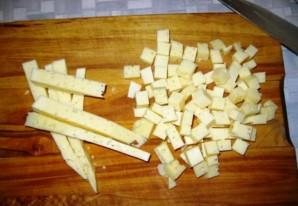 Простой салат с ананасами консервированными - фото шаг 3