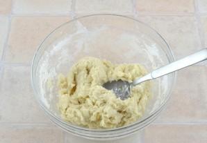 Пирожки с курицей и сыром - фото шаг 3