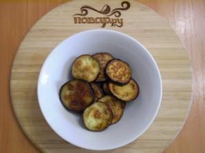 Жареные баклажаны с помидорами и сыром - фото шаг 5