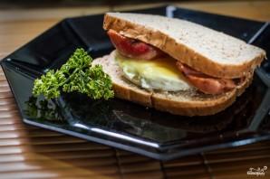 Бутерброд с яйцом в микроволновке - фото шаг 4