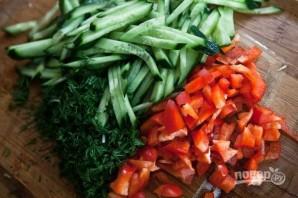 Салат из капусты с огурцами - фото шаг 4