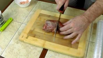 Жареная говяжья вырезка (сочное мясо средней прожарки) - фото шаг 2