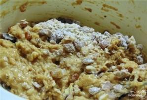 Коврижка с орехами и изюмом - фото шаг 3