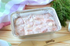 Куриная грудка, запеченная в кефире - фото шаг 5