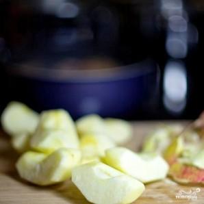 Тушеное мясо утки с яблоками - фото шаг 7