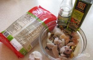 Китайская лапша с морепродуктами - фото шаг 1