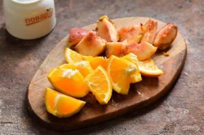 Компот из персиков и апельсинов на зиму - фото шаг 2
