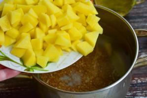 Гречневый суп с сосисками - фото шаг 3