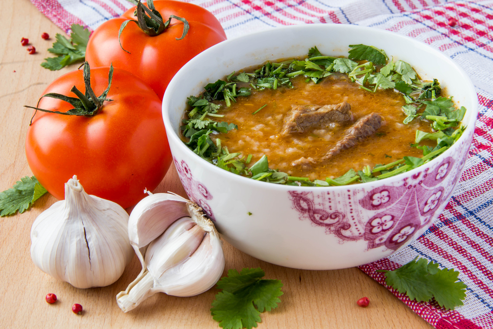 Суп с мясом и зеленью