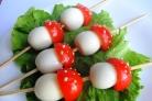 Грибочки из яиц и помидоров